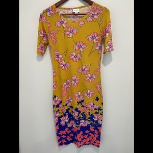 2/$25 LuLaRoe Julia dress size XS